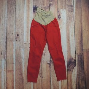 Distressed Raw Hem Cropped Maternity Pants